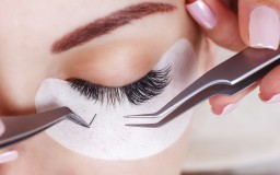 Eyelash,Extension,Procedure.,Woman,Eye,With,Long,Eyelashes.,Lashes,,Close