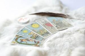 Tarot,Cards,On,White,Fur